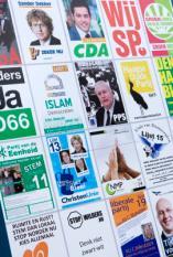 DEN HAAG - Campagneborden voor de gemeenteraadsverkiezingen. ANP XTRA LEX VAN LIESHOUT