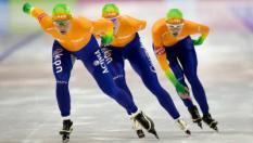 HEERENVEEN - Team Nederland in actie op de Team Pursuit Dames tijdens de wereldbeker schaatsen in het Thialf IJsstadion. ANP JERRY LAMPEN