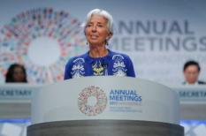 2017-10-13 08:53:55 epa06263672 IMF Managing Director Christine Lagarde delivers remarks at the opening plenary session of the 2017 IMF World Bank Group annual meetings at the IMF headquarters in Washington, DC, USA, 13 October 2017. The 2017 Annual meetings of the International Monetary Fund and World Bank Group take place from 09 - 15 October.  EPA/SHAWN THEW