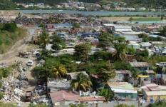 2018-12-19 19:11:06 Leven op een vuilnisbelt. Sint Maarten Dutch Caribbean. FOTO ANP COPYRIGHT TIM VAN DIJK