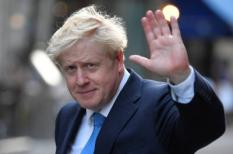 2019-07-23 19:39:55 Boris Johnson, leader of the Britain's Conservative Party, leaves a private reception in central London, Britain July 23, 2019. REUTERS/Toby Melville