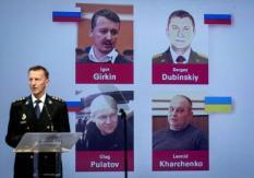 2019-06-19 13:09:13 NIEUWEGEIN - Wilbert Paulissen van het Joint Investigation Team (JIT) geeft een toelichting op de nieuwste bevindingen in het strafrechtelijk onderzoek rond het neerhalen van vlucht MH17. Vlucht MH17 werd op 17 juli 2014 boven het oosten van Oekraine uit de lucht geschoten waardoor 298 mensen omkwamen, onder wie 193 Nederlanders. ANP ROBIN VAN LONKHUIJSEN