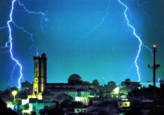 INTERNET OUT BRAZIL OUTBRJ01 - 20010720 - PORTO ALEGRE, BRAZIL : Lightning bolts shoot across the sky in Porto Algre, Brazil, during a strong storm that took place during the dawn of 20 July, 2001. Abrupt changes of temperatures during the last two days has caused strong rains and violent lightning strikes, causing the death of a person and leaving dozens without shelter. (FILM) BRAZIL OUT/INTERNET OUTEPA PHOTO AFPI/AESTADO/NABOR GOULART