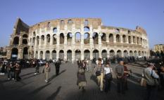 NLD20041024- ROME: Het Colosseum. ANP FOTO/MARCEL ANTONISSE