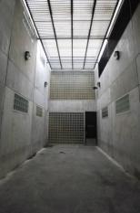AMSTERDAM - Luchtplaats voor de arrestanten in het cellencomplex Noordwest in Amsterdam. Hier mogen de arrestanten 2 keer per dag luchten. ANP PHOTO CYNTHIA BOLL